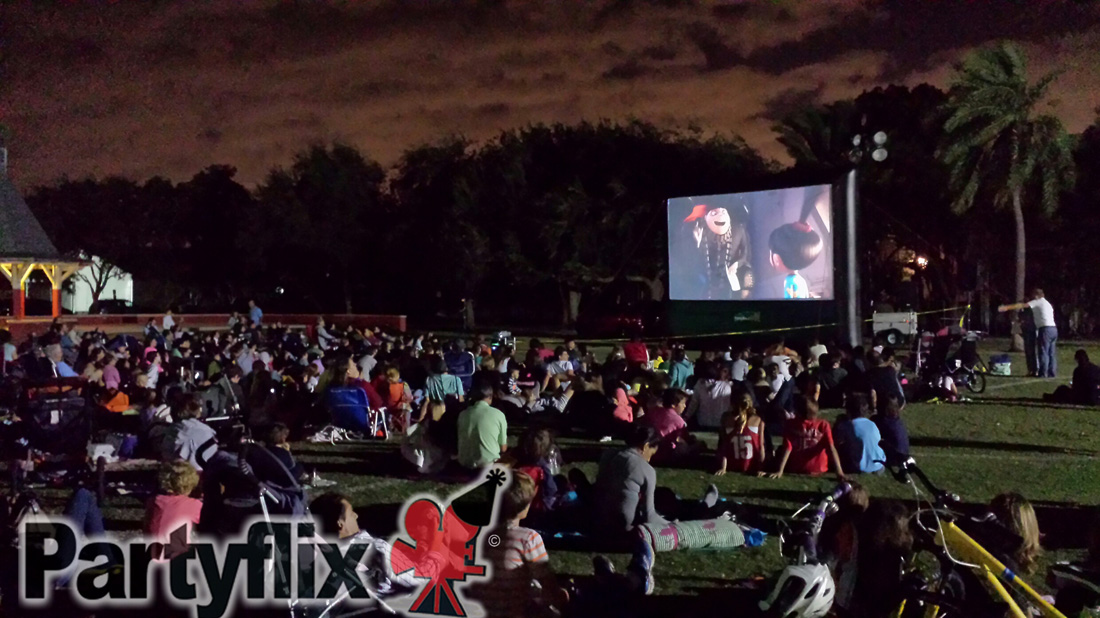 Inflatable Movie Screen Rentals in Naples and Fort Myers