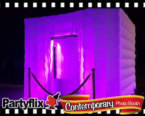Photo booth rental in Miami Contemporary